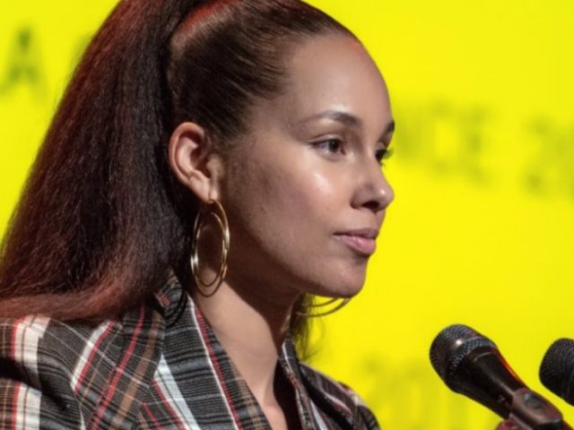 Alicia Keys, honoured with Amnesty International's Ambassador of Conscience Award for 2017